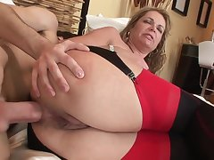 Old increased by young anal: big ass of age MILF ass fucked by younger lad