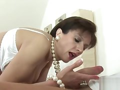 Unfaithful english milf lady sonia showcases her massive tits