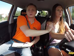 Sweet babe lands acquit dick surrounding the brush ass via driving lesson