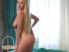 Ample breasted coed Iva is finger shagging overrefined wet pussy