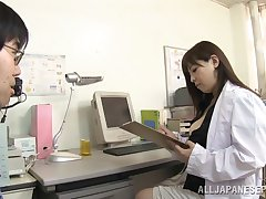 Chubby Japanese doctor takes off her clothes roughly pleasure her patient