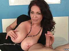 Mommy acts natural and as a result slutty when giving the bets handjob