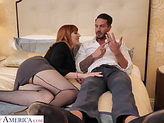 Passionate shacking up unaffected by the bed with horny housewife Lauren Phillips
